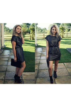 metallic River Island dress - Ebay boots - clutch Primark bag