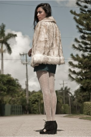Vintage Mavens coat - Vintage Mavens dress - American Apparel tights - Jeffrey C