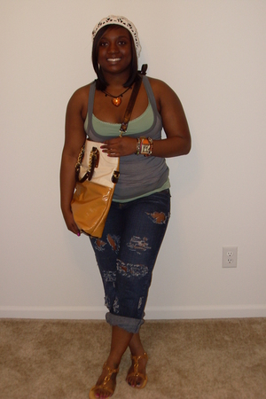 Forever21 shirt - Guess jeans - Forever21 purse - Forever21 shoes - Lucky Brand