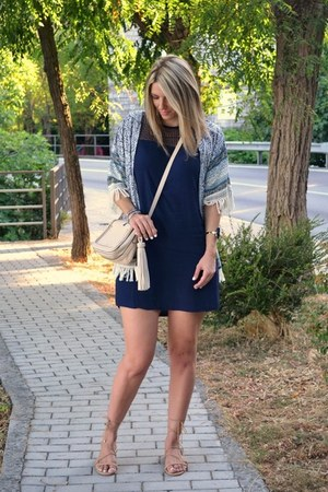 navy Zara dress - blue kimono Sheinside jacket - beige Aldo bag