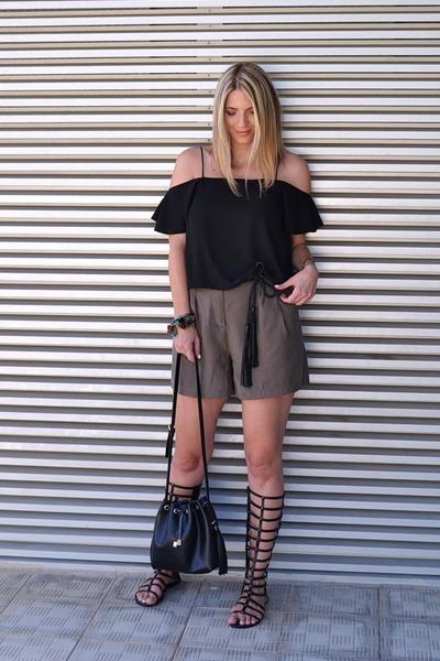 black bucket bag Zara bag - olive green high waisted Zara shorts
