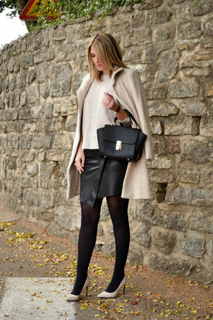 cream Zara sweater - cream H&M coat - black tote bag zaful bag