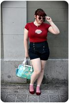 red Customized t-shirt - blue Zara shorts - red Melissa shoes - red H&M sunglass
