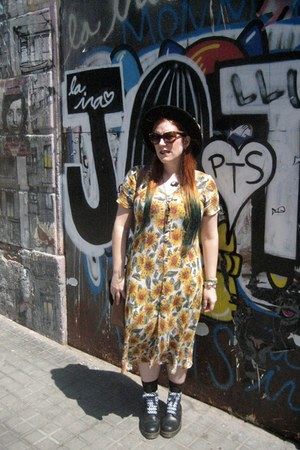 yellow vintage dress thrifted vintage dress