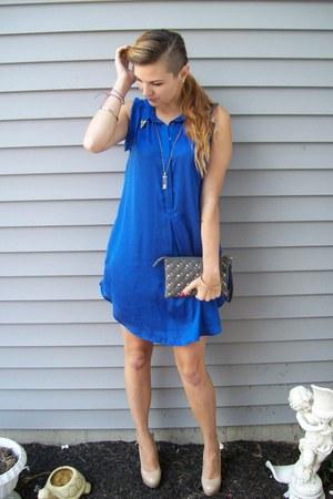 blue H&M dress - heather gray studded Topshop purse