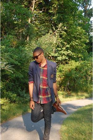 blue vintage blazer - red vintage shirt - accessories - Levis jeans - vintage sh