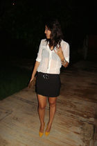 black skirt - white blouse - yellow shoes