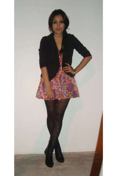 black  blazer - red Sfera dress - black Walmart leggings - black  shoes - gold