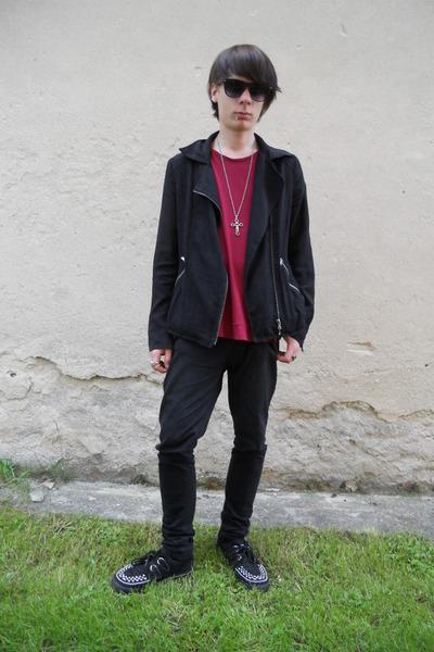 black TUK boots - black Denim Co jeans - black Gate jacket