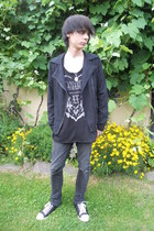 black Denim Co jeans - black Gate jacket - black New Yorker top