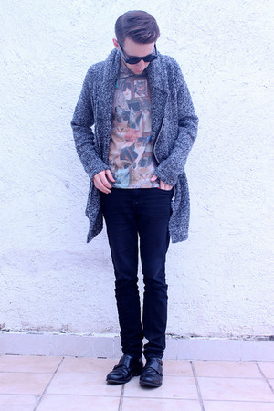 gray hm cape - heather gray Urban Outfitters shirt