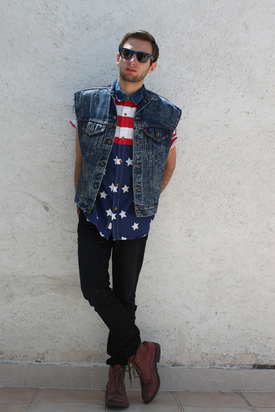 blue Urban Outfitters shirt - red Zara boots - blue vintage vest