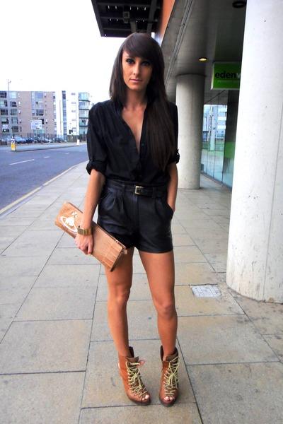black vintage shorts brown asos boots black h m shirts