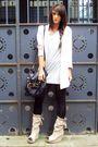 Beige-zara-boots-beige-h-m-blazer-black-topshop-accessories-gray-h-m-t-shi