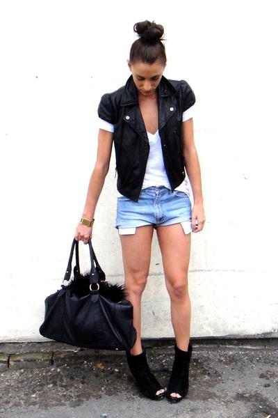 black asos boots - blue Vintage Levis shorts - white L n A t-shirt - black Topsh