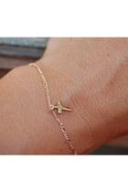 Reborn-bracelet