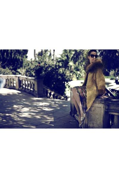 swakara fox Carlo Ramello jacket - Moschino dress