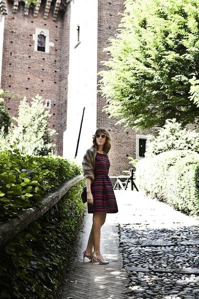 fur stole vintage jacket - max&co dress - Italia Independent sunglasses