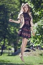 fur Samantha De Reviziis hair accessory - Manoush blouse - Manoush skirt