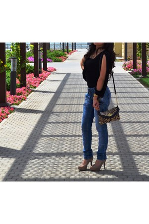 black cotton Bebe bodysuit - skinny Zara jeans - leopard BLANCO purse