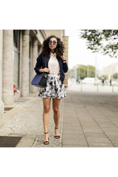 Oh-my-love-skirt-stradivarius-heels