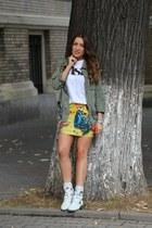 PERSUNMALL skirt - CA4LA boots - pull&bear t-shirt