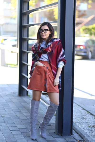 choiescom skirt - Little Mistress boots - Yoins scarf