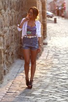 Bershka shirt - Romwecom shorts - Jeffrey Campbell sandals