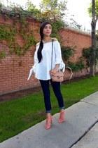 white Sheinside blouse - blue H&M jeans - neutral Mango bag