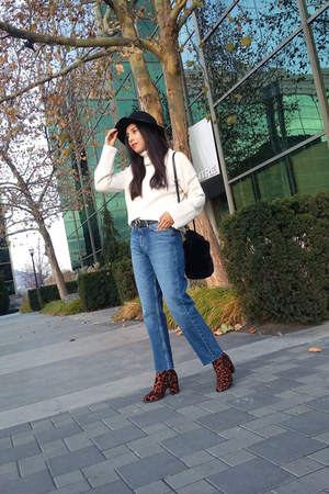Topshop boots - Zara jeans - Topshop sweater