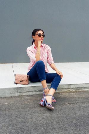 Mango bag - Gap jeans - Stradivarius sandals - Old Navy blouse