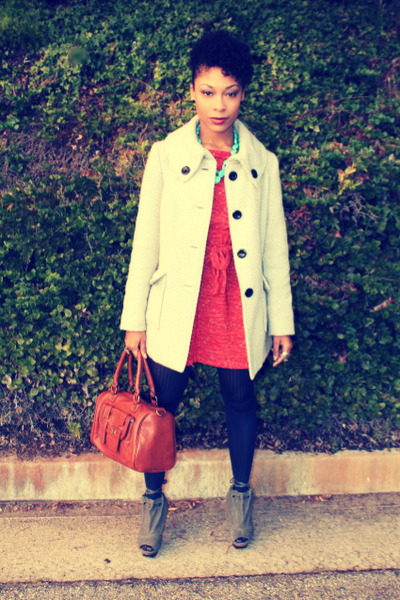 salmon H&M dress - off white Forever 21 coat - navy Express stockings