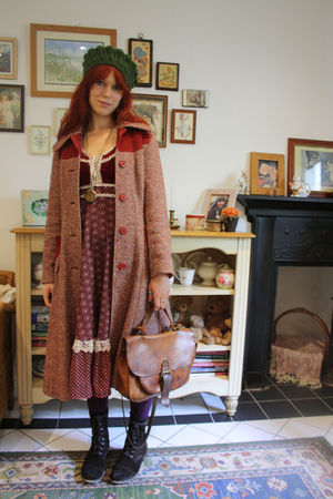 vintage coat - TK Maxx boots - Gunne Sax dress - Pennies tights - thrifted bag
