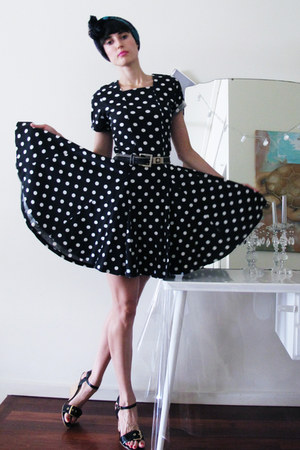 polka dot Pennyworth dress - sev bracelet - thrifted vintage belt