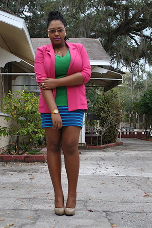 hot pink single button thrifted blazer - blue Charlotte Russe skirt - green v-ne