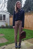 Primark shirt - brown thrifted bag - tan Zara pants - brown new look belt - navy