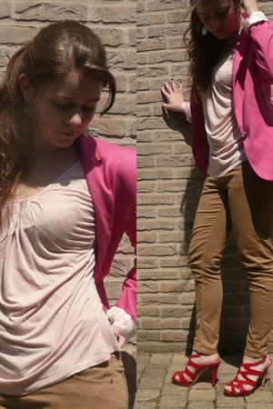 hot pink Zara blazer - camel skinny Topshop pants - light pink Zara t-shirt - re