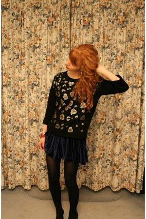 black Topshop jumper - silver Topshop earrings - navy American Apparel skirt