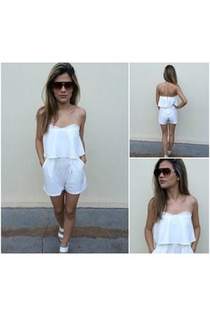 white DressLink suit - dark brown online sunglasses - white DressLink jumper