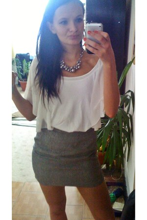 white shirt - silver accessories - heather gray vintage skirt