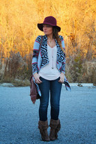 le chateau hat - Forever 21 sweater
