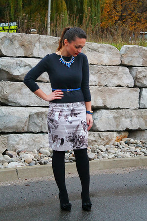 Suzy Shier dress - hollister sweater