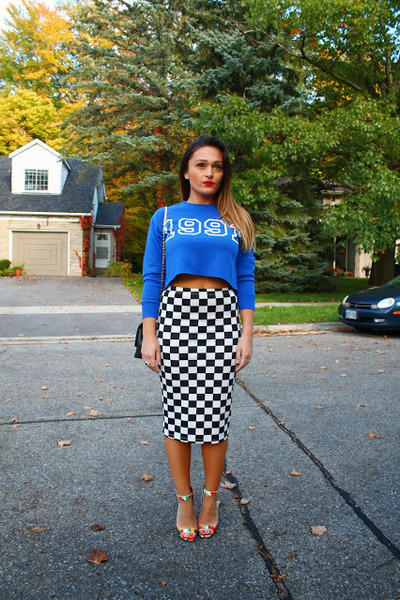 Pencil Skirt Sweatshirt - How to Wear and Where to Buy | Chictopia