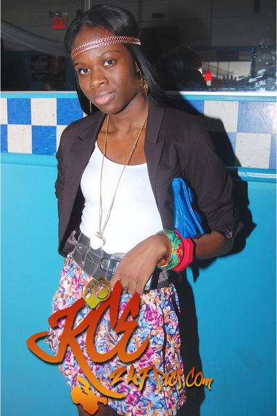 H&M blazer - Forever 21 skirt - Forever 21 purse - H&M accessories - H&M belt -