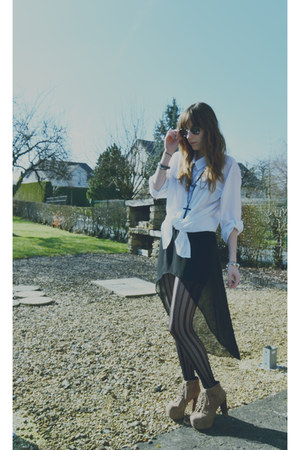 black vintage sunglasses - white H&M shirt - black Zara skirt