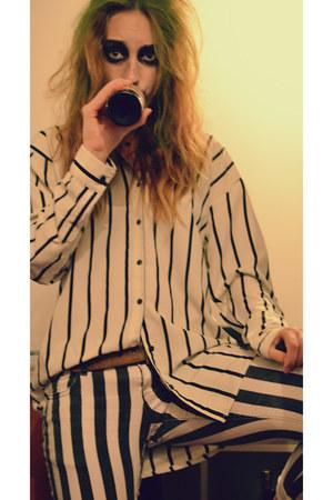 black Dr Martens boots - black H&M shirt - white vintage pants