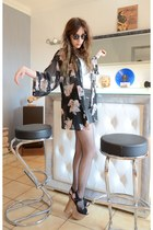 black kimono H&M vest - black vintage sunglasses - black leather Zara skirt