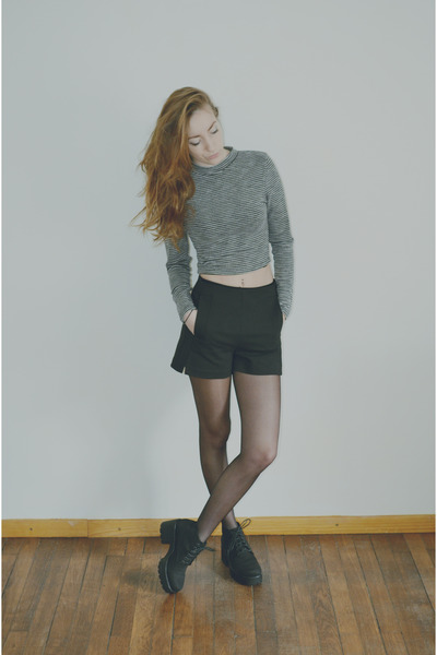 black dioon vagabond shoes - black Zara shorts - heather gray crop top H&M top