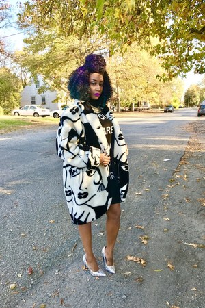 Forever 21 dress - vintage coat - Cape Robin pumps