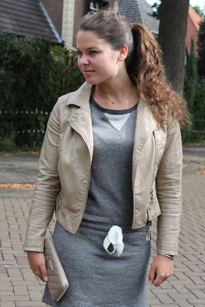 sweater the Sting dress - Zara jacket - poco loco sandals